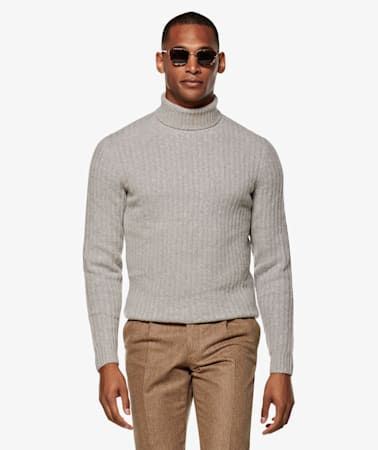 Light Grey Ribbed Turtleneck