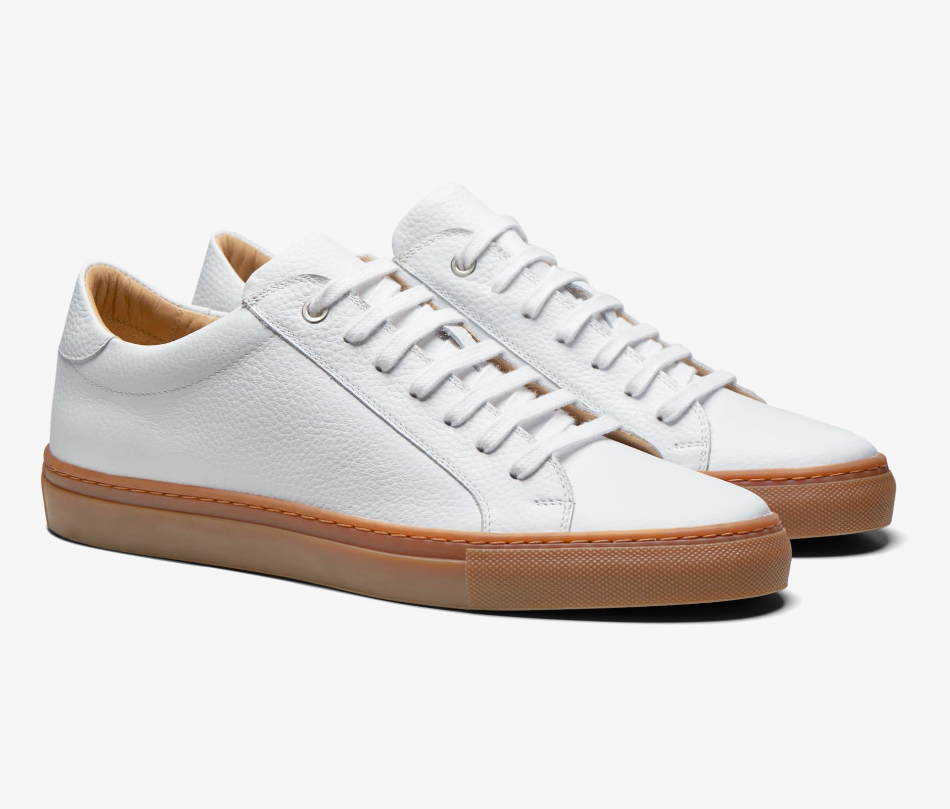 White_Sneakers_FW1421