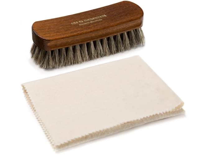 Shoe Brush & Cloth Set Brown